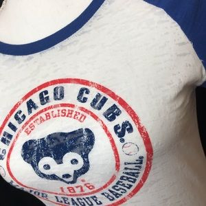 Chicago Cubs sheer white and blue graphic tee
